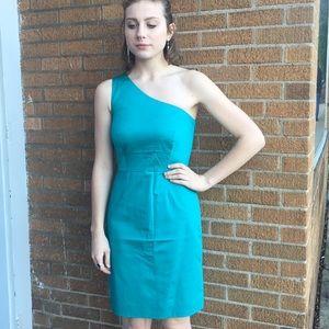 Teal one shoulder dress 👗